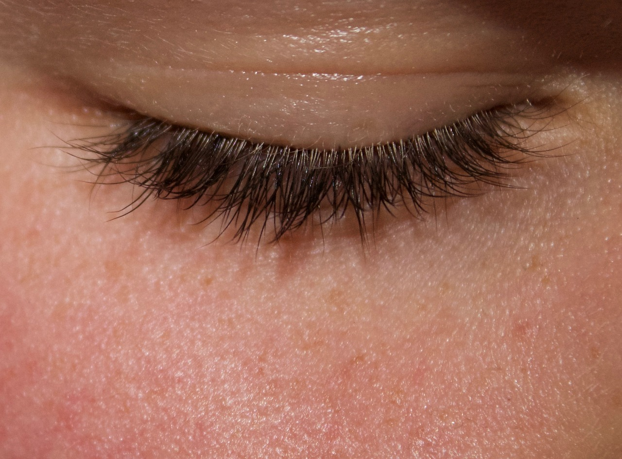 eyes-2176045_1280